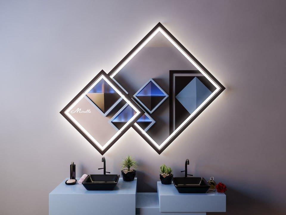 Ромбовидное зеркало в деревянной раме Fenix Plus
