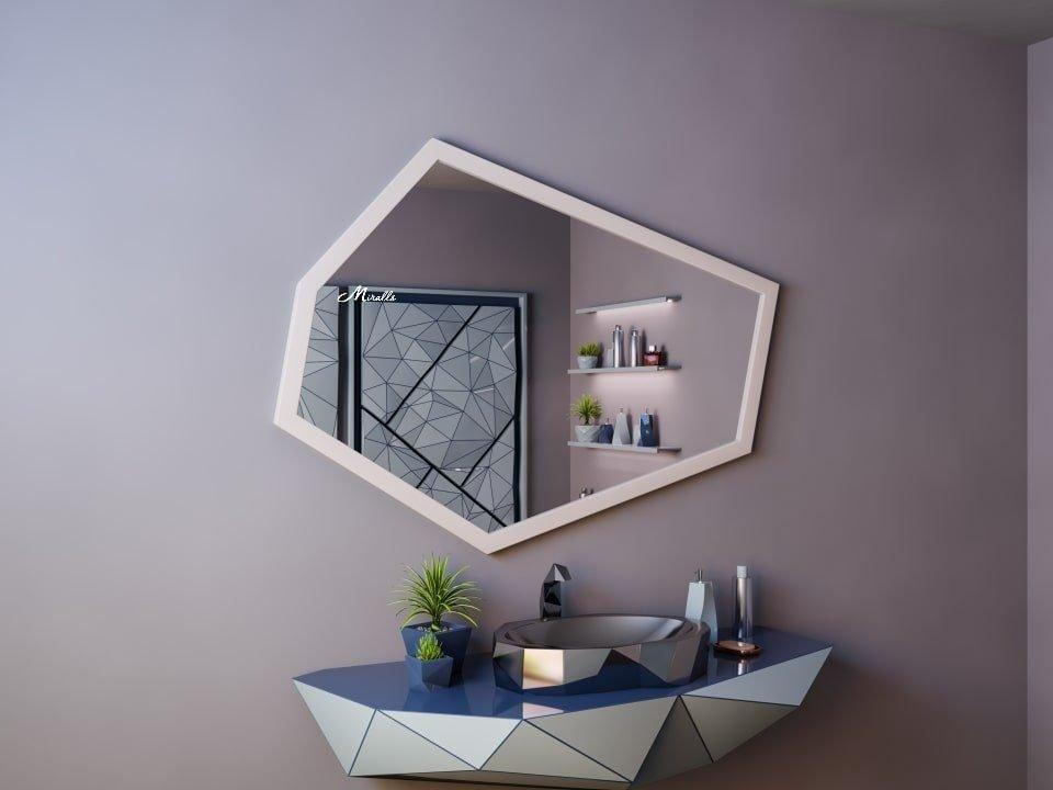 Зеркало без подсветки в деревянной раме Proud