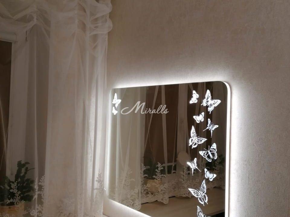 Зеркало Dream с холодной подсветкой