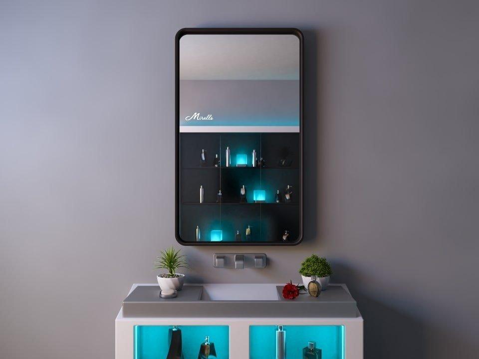 Зеркало в деревянной раме Amadeus