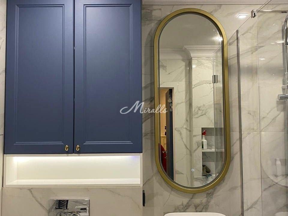 Зеркало Alba Plus в золотой раме окрашенной по RAL 1036 в выключенном состоянии