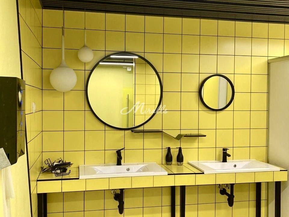 Зеркала Orion в санузлах завода Faberlic