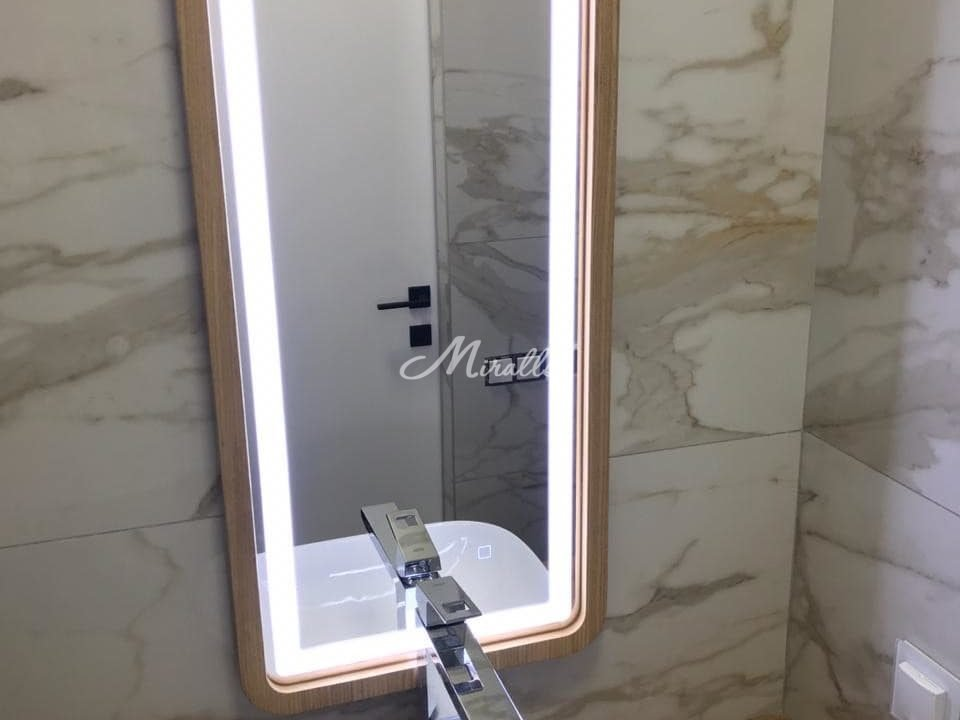 Зеркало Leonardo Plus в ЖК Бунинские Луга