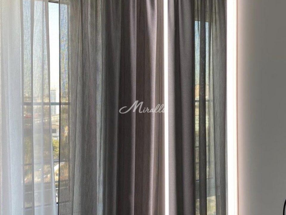 Зеркало Adele в ЖК Red Side