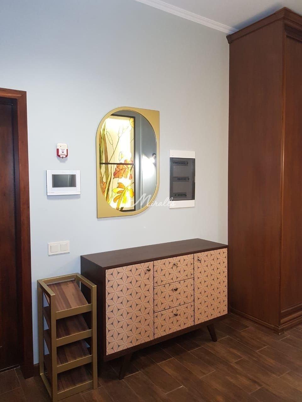 Зеркало Viola в ЖК Пресня Сити