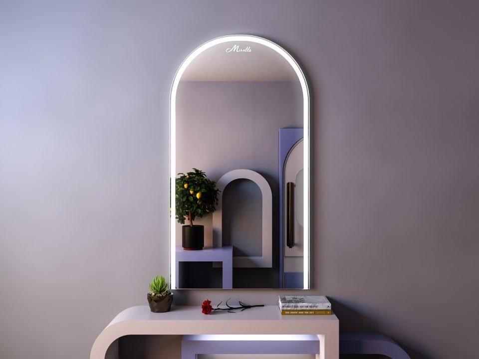 Арочное зеркало с подсветкой Laura
