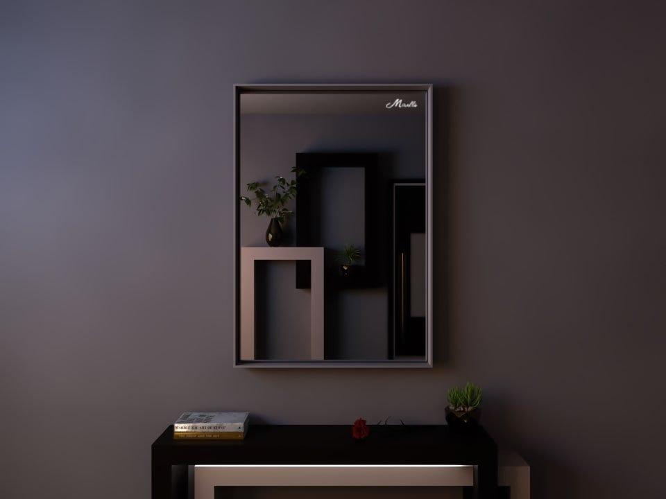 Зеркало в глубокой раме Emilio