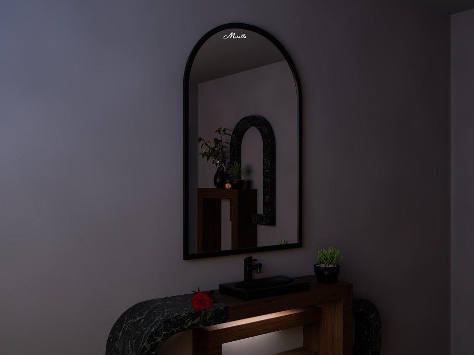 Арочное зеркало в раме Dorian