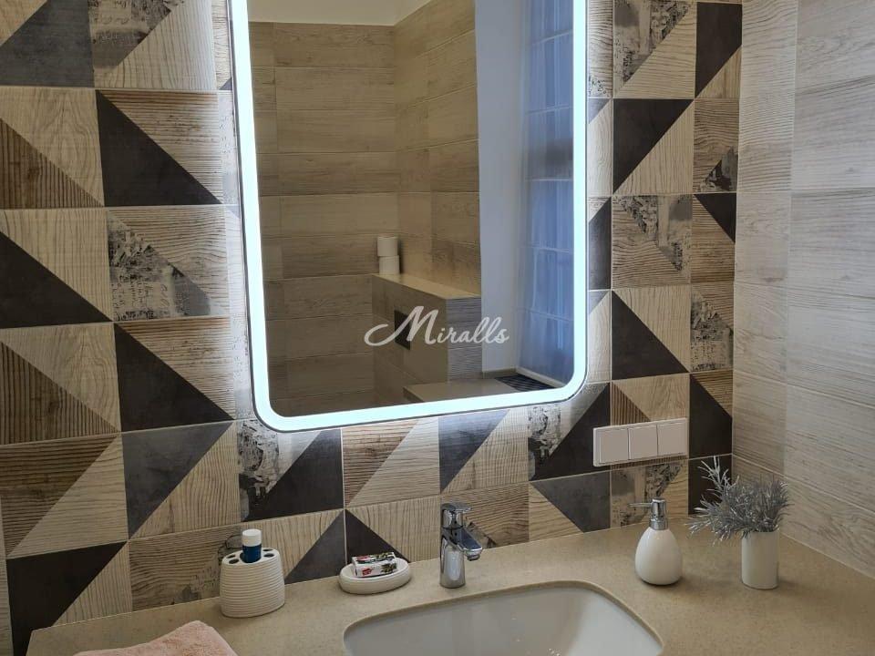 Зеркало Camelia в ЖК Barrin House