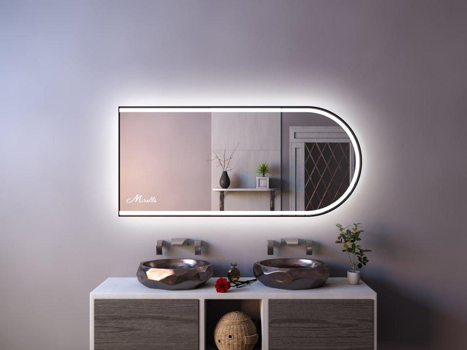 Эксклюзивное зеркало в раме с подсветкой Marta Plus