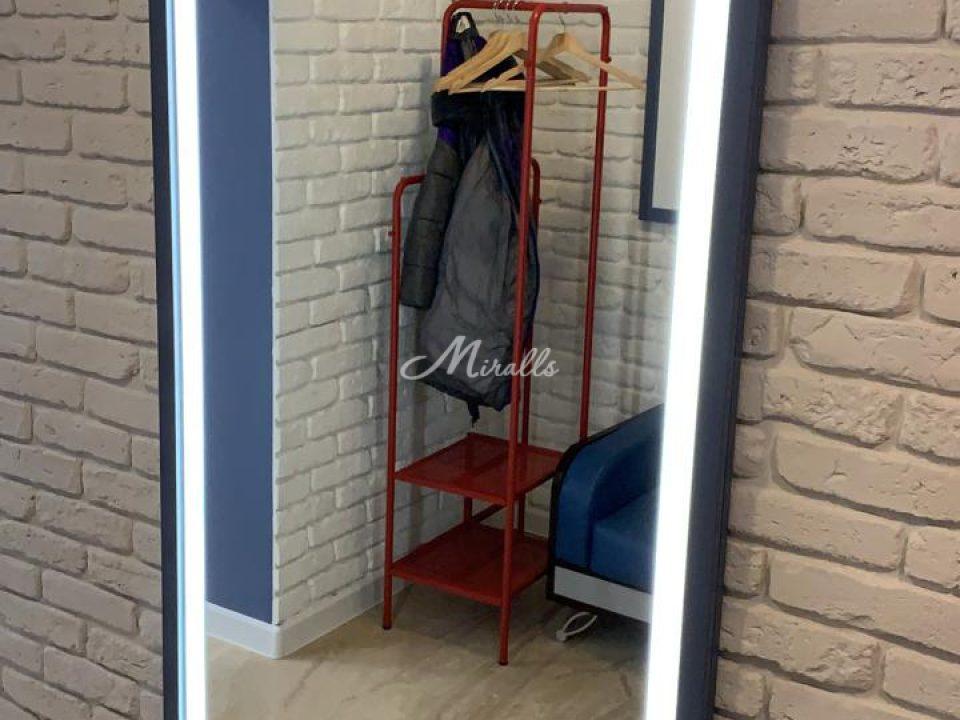 Зеркало Bruno Plus (индивидуальный проект) в ЖК Loftec