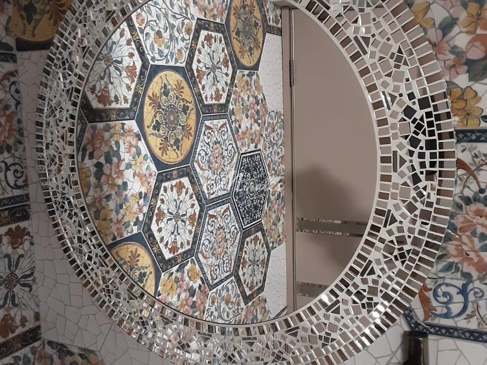Зеркало Mosaic в ЖК Wellton Park