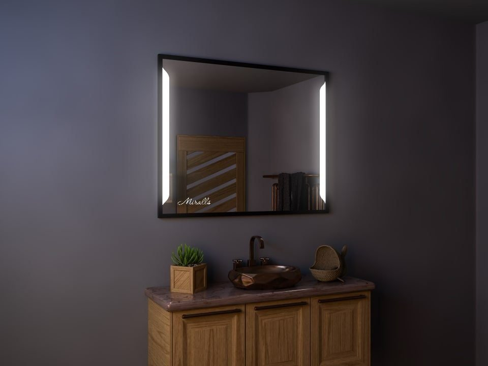 Зеркало в раме с подсветкой Dino