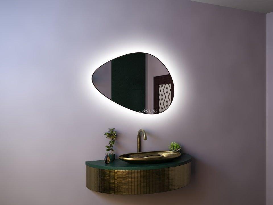 красивое фигурное зеркало с интерьерной подсветкой в раме МДФ - Amanda Extra
