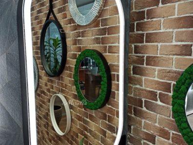 зеркальный шкаф овальной формы с подсветкой Aksent