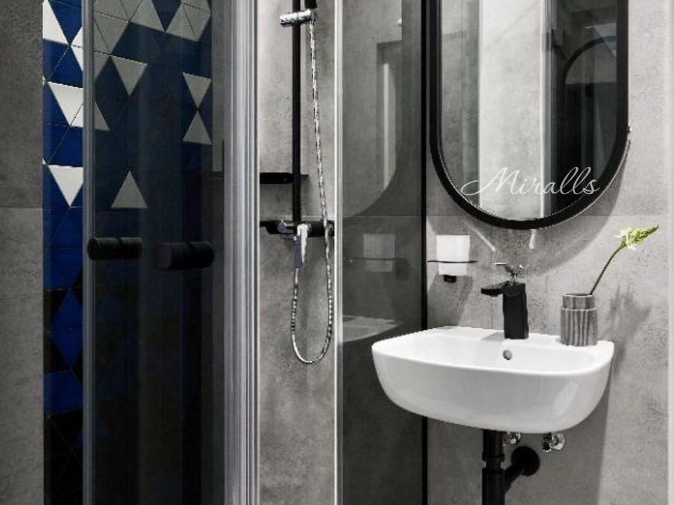 Капсульное зеркало Alba в ванне