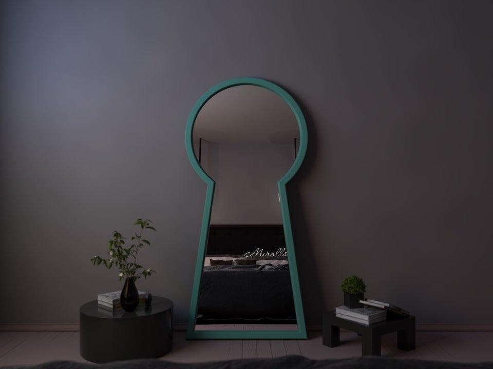 напольное зеркало Key в форме замочной скважины