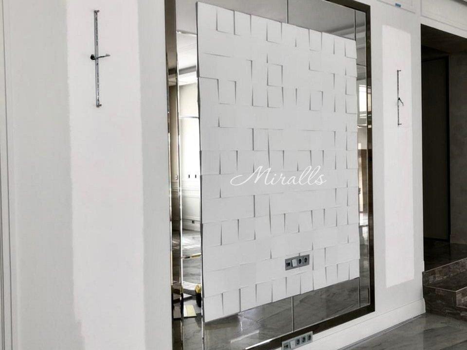 зеркальное панно Senot в гостиной