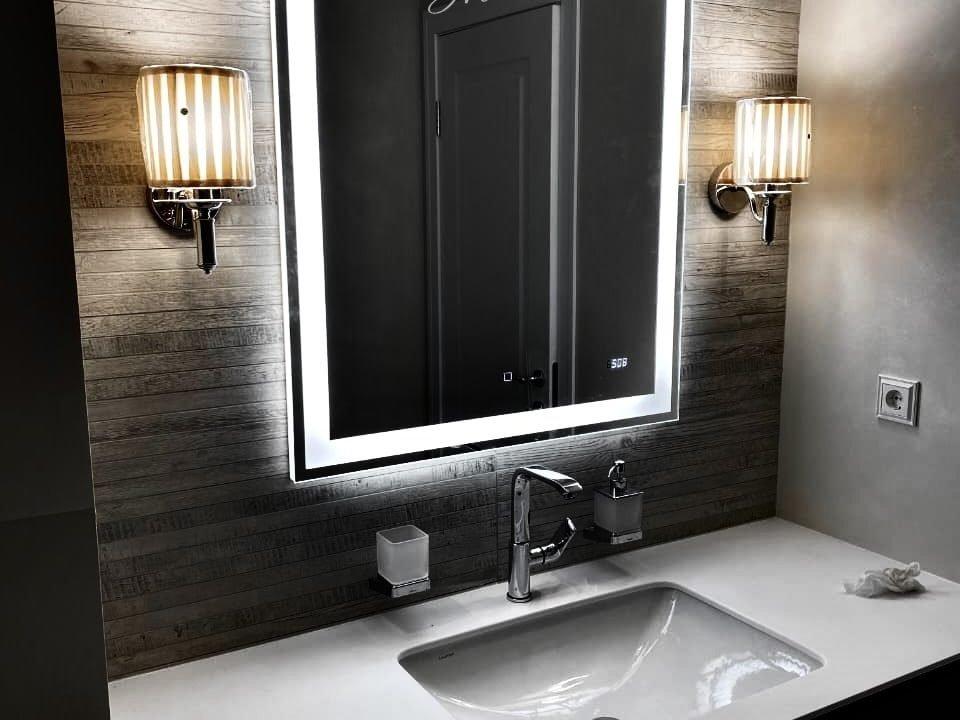 зеркало Edging с тач-квадратом в ванне