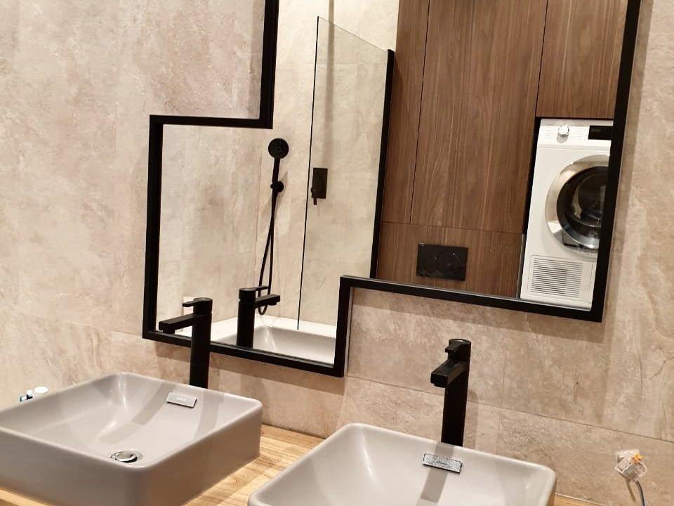 Зеркало Toledo в ванной комнате