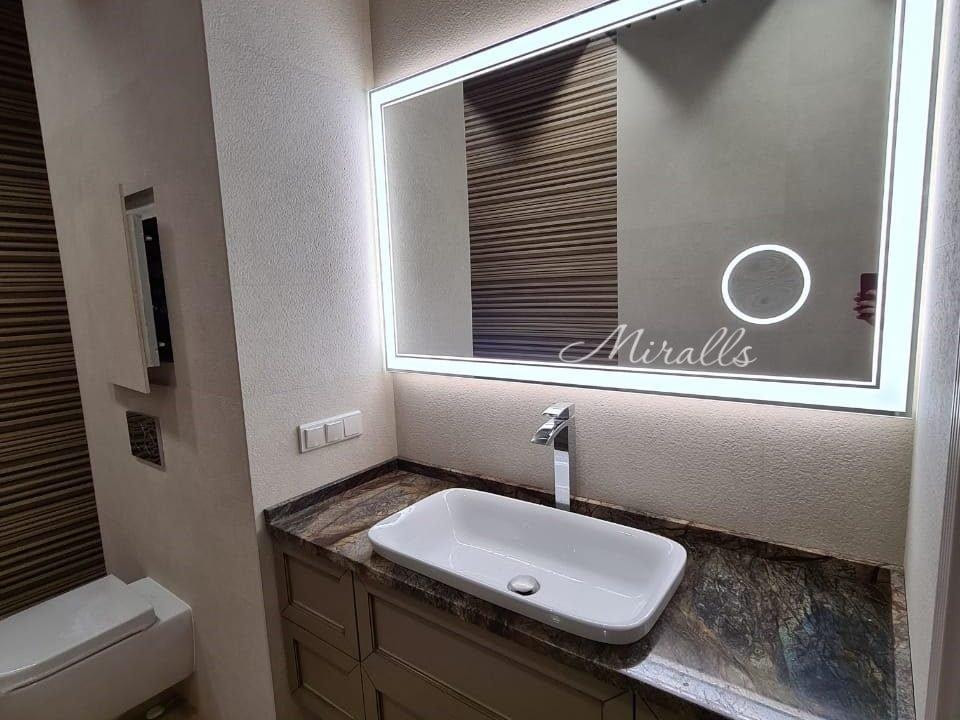 зеркало Versal в ванне с увеличительным зеркалом