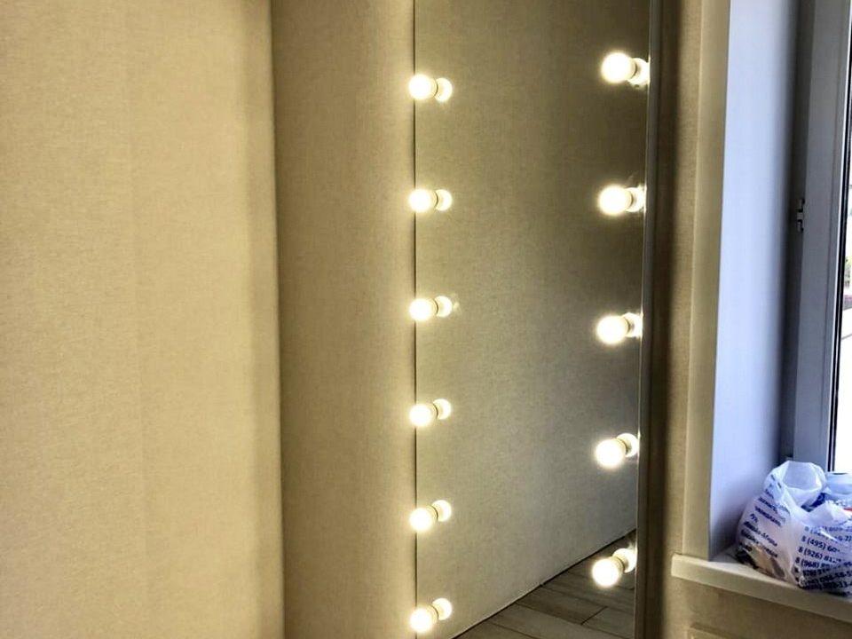 Гримерное зеркало Hollywood в комнате