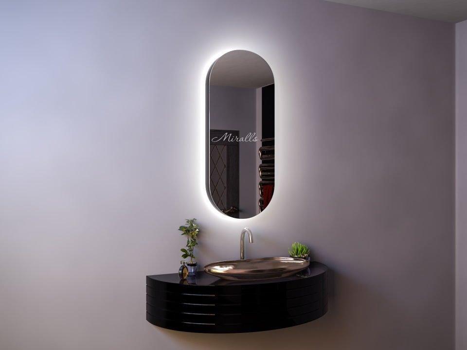 капсульный зеркальный шкаф в ванную Marlen с подсветкой