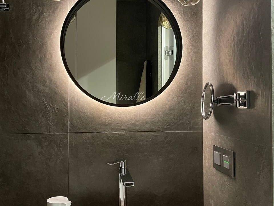 Круглое зеркало Oasis Extra с интерьерной подсветкой