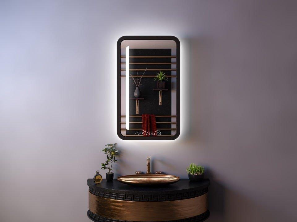 прямоугольный зеркальный шкаф в ванную комнату Granis с подсветкой