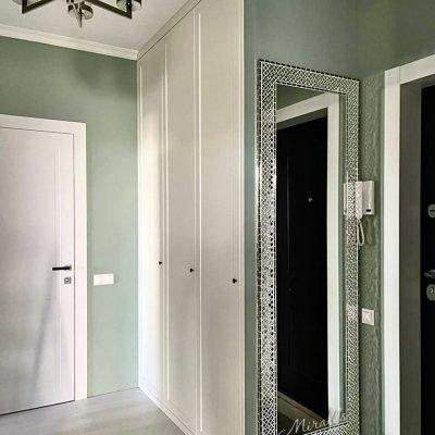 Зеркало Antique в раме из мозаики
