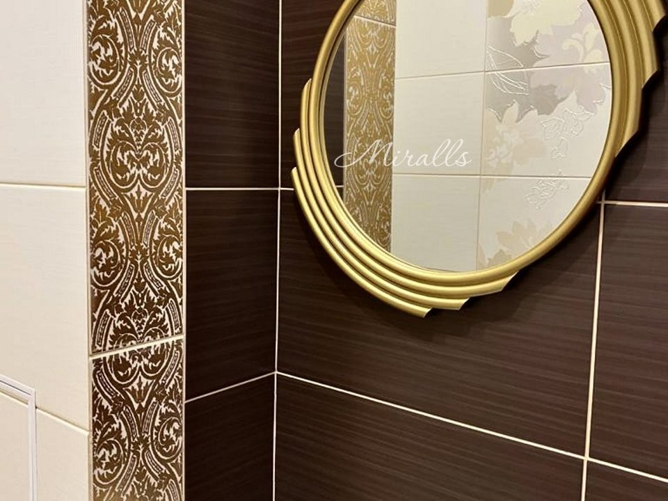 Зеркало без подсветки Dionis в ванне