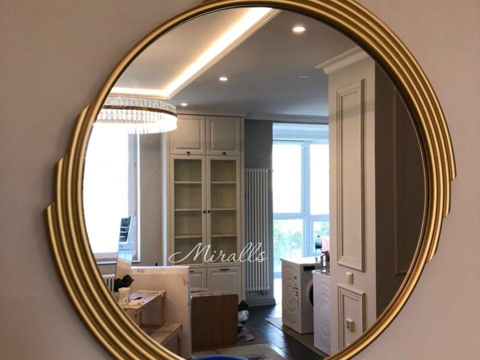 Интерьерное зеркало Dionis в гостиной