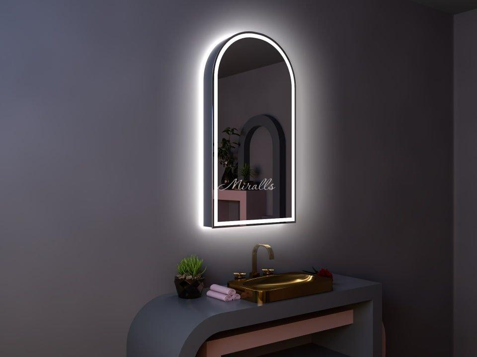 Зеркальный шкаф в ванную комнату Estella