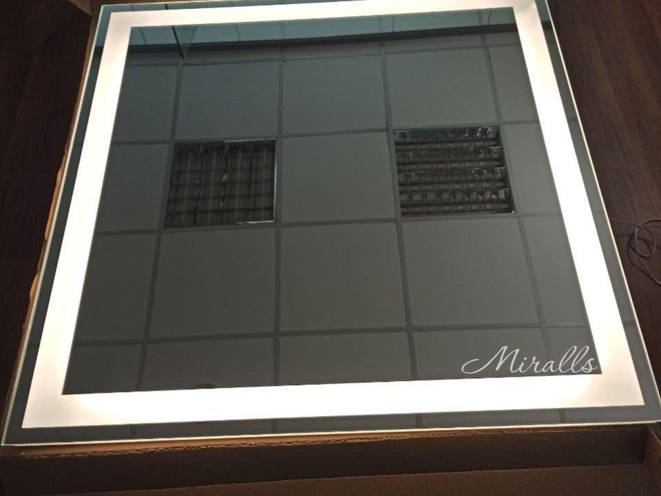 квадратное зеркало с подсветкой Edging