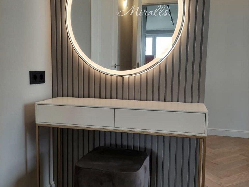 Круглое зеркало с интерьерной и фронтальной подсветкой Medea Plus